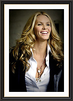 Elle Macpherson <br /> Museum-quality Archival signed Framed Print (Limited Edition)
