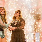 NLD/Hilversum//20170218 - Finale The Voice of Holland 2017, Isabel Provoost en winnende Pleun Bierbooms