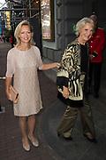 Samen - Een Ode aan de Natuur<br /> <br /> Het NatuurCollege brengt in het kader van de tachtigste verjaardag van haar voorzitter, Prinses Irene, een ode aan de natuur in Koninklijk Theater Carré. <br /> <br /> Op de foto:  Prinses Irene met haar dochter Carolina de Bourbon de Parme