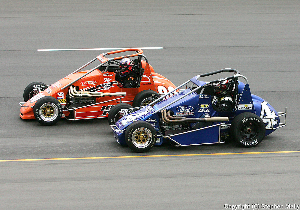 05 MAY 2007: Bill Wease (80) and Bobby East (4) battle for position around turn one during the midget race at the Casey's General Stores USAC Triple Crown at the Iowa Speedway in Newton, Iowa on May 5, 2007.
