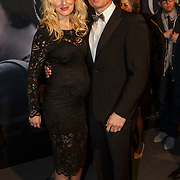 NLD/Amsterdam/20150211 - Premiere Fifty Shades of Grey, zwangere Denise van Rijswijk en partner Winston Post