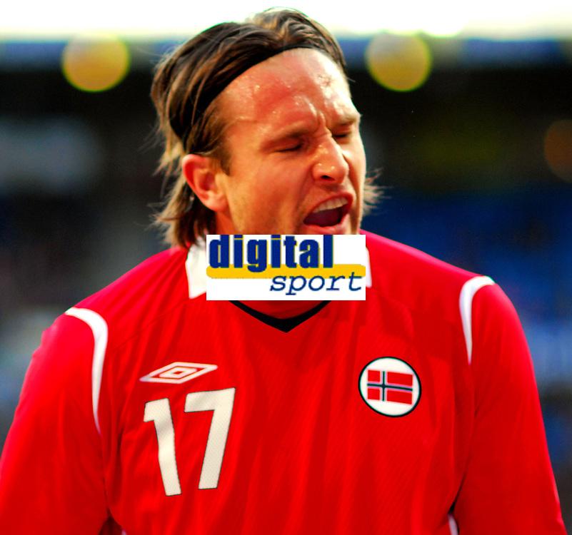 Fotball Privat Landskamp 01.04.2009<br /> Ullevaal Stadium <br /> Norge vs Finland<br /> Norway vs Soumi<br /> <br /> Result  <br /> <br /> Foto: Jarl Robert Christensen Digitalsport<br /> <br /> Norge Norway Thorstein Helstad forbannet etter bom på mål