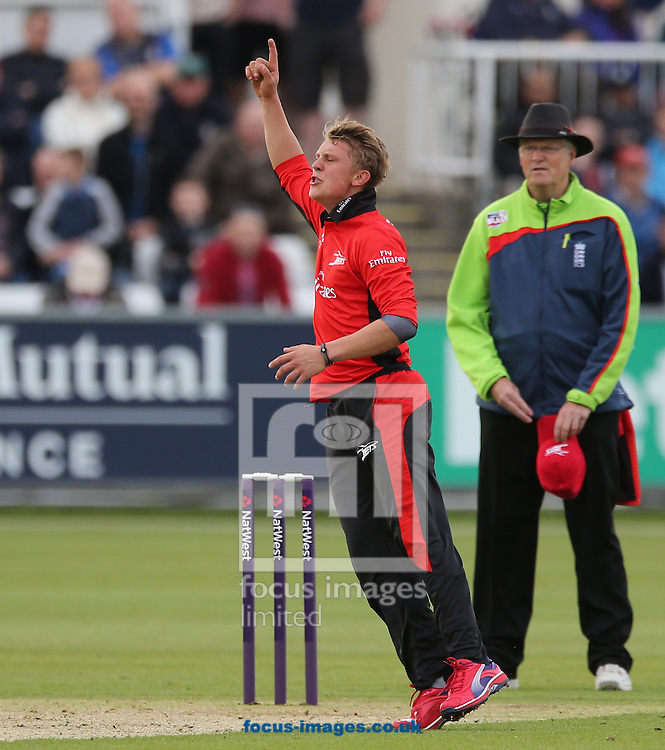 Scott Borthwick of Durham Jets goes close during the Natwest T20 Blast match at Emirates Durham ICG, Chester-le-Street<br /> Picture by Simon Moore/Focus Images Ltd 07807 671782<br /> 16/05/2014