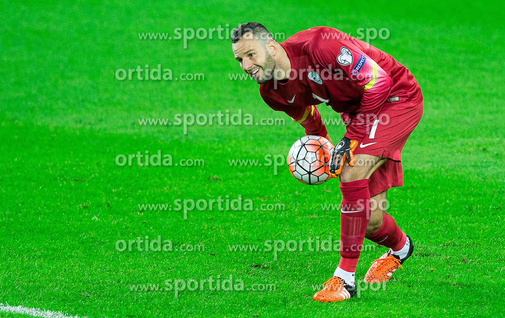 Samir Handanovic of Slovenia during the EURO 2016 Qualifier Group E match between Slovenia and Lithuania, on October 9, 2015 in SRC Stozice, Ljubljana Slovenia. Photo by Vid Ponikvar / Sportida