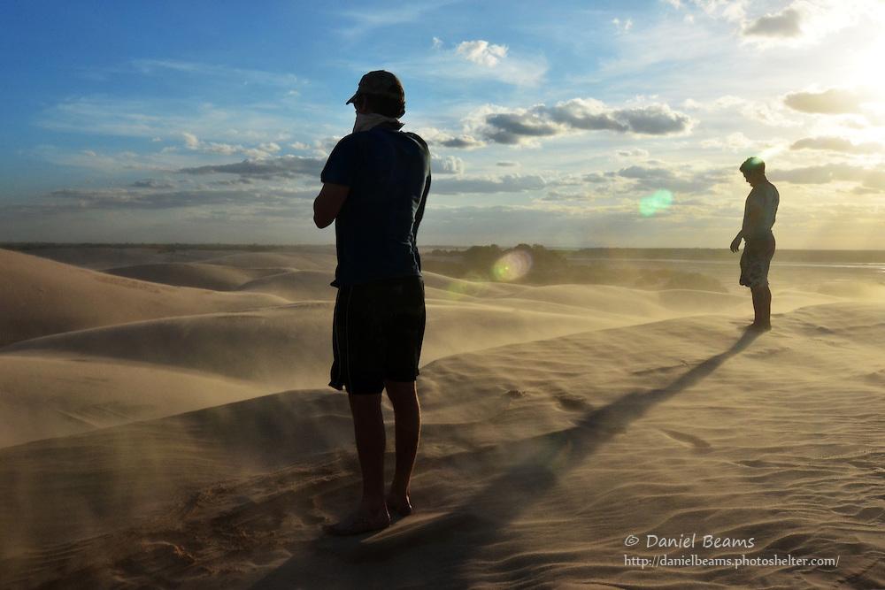 Sand dunes on the Parapeti River in Isosog