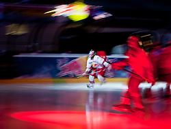 07.04.2011, Volksgarten Arena, Salzburg, AUT, EBEL, FINALE, EC RED BULL SALZBURG vs EC KAC, im Bild Einlauf der Spieler, Feature, Eishockey, Wischer// during the EBEL Eishockey Final, EC RED BULL SALZBURG vs EC KAC at the Volksgarten Arena, Salzburg, 2011-04-07, EXPA Pictures © 2011, PhotoCredit: EXPA/ J. Feichter