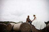 Creative Wedding Photography: Dana & Derek - Anchor Run Farm Wedding