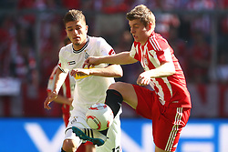 02.04.2011, Allianz Arena, Muenchen, GER, 1.FBL, FC Bayern Muenchen vs Borussia Moenchengladbach , im Bild  Roman Neustädter (Neustaeter) (Borussia #13) und Toni Kroos (Bayern #39) , EXPA Pictures © 2011, PhotoCredit: EXPA/ nph/  Straubmeier       ****** out of GER / SWE / CRO  / BEL ******