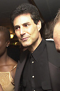 Uri Geller. Jester Ball, in aid of Action on Addiction. Grosvenor House, London. 10 May 2001. © Copyright Photograph by Dafydd Jones 66 Stockwell Park Rd. London SW9 0DA Tel 020 7733 0108 www.dafjones.com