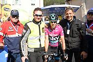 39° Giro del Trentino Melinda, 4° tappa Malè Cles, Richard Julian Porte, soprannominato Richie,vince il 39° Giro del Trentino Melinda,a sinistra il motociclista Daniele Sommavilla e Andrea Garzetti,© foto Daniele Mosna 24 Aprile 2015 © foto Daniele Mosna