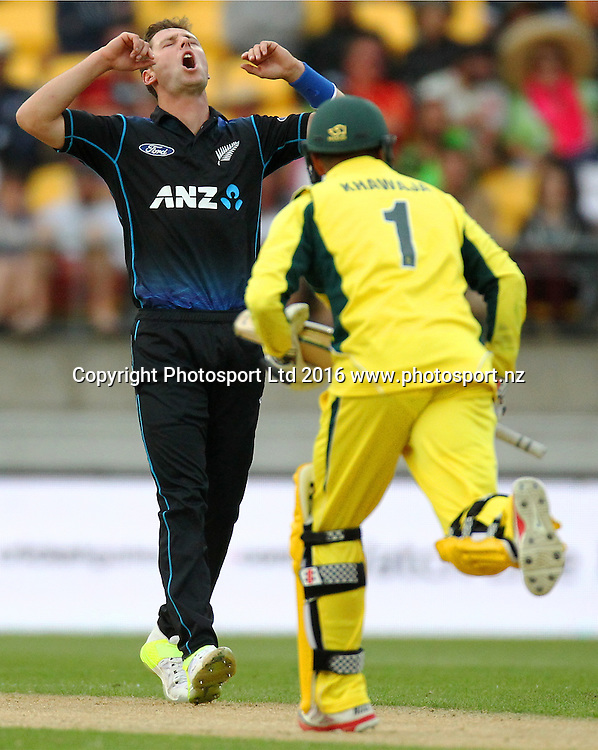 Matt Henry reacts to being hit to the boundary. New Zealand Black Caps v Australia, 2nd match of the Chappell-Hadlee ODI Cricket Series. Westpac Stadium, Wellington, New Zealand. Saturday 6th February 2016. Copyright Photo.: Grant Down / www.photosport.nz