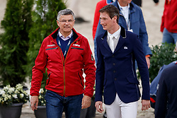 BECKER Otto (Bundestrainer Springen GER), DEUSSER Daniel (GER)<br /> Paris - FEI World Cup Finals 2018<br /> Longines FEI World Cup Jumping Final I<br /> www.sportfotos-lafrentz.de/Stefan Lafrentz<br /> 12. April 2018