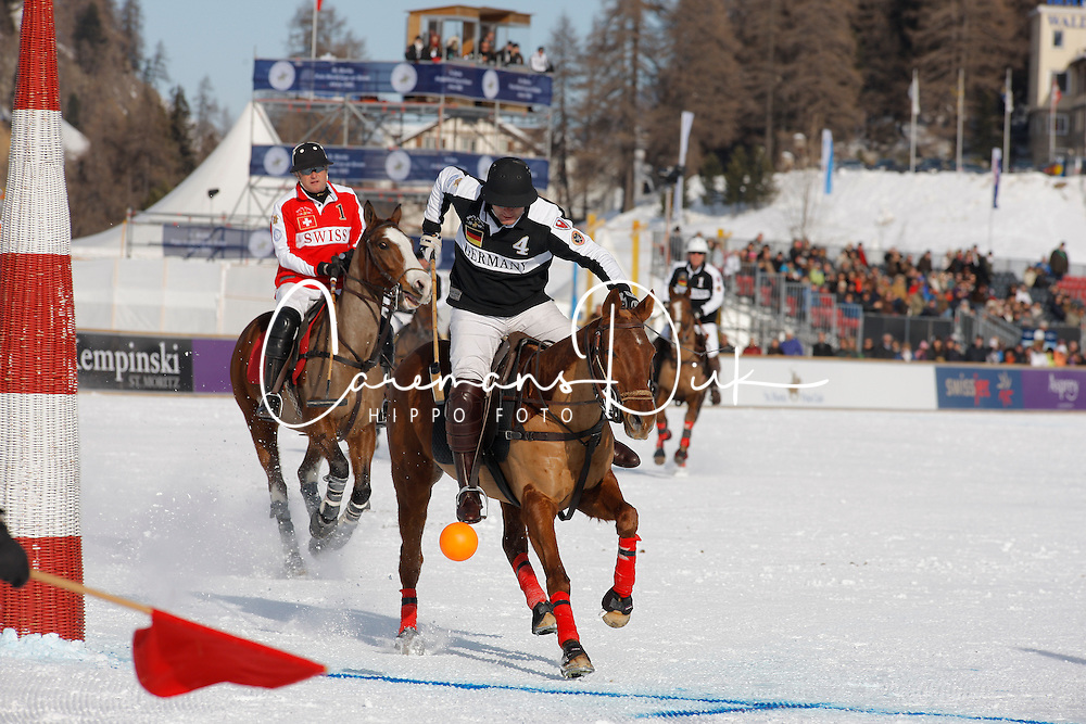 Gonzalo Bourdieu scoring for team Germany<br /> St.Moritz Polo World Cup On Snow 2011<br /> © Dirk Caremans