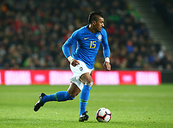 November 20, 2018 - Milton Keynes, United Kingdom - Paulinho of Brazil .during Chevrolet Brazil Global Tour International Friendly between Brazil and Cameroon at Stadiummk stadium , MK Dons Football Club, England on 20 Nov 2018. (Credit Image: © Action Foto Sport/NurPhoto via ZUMA Press)