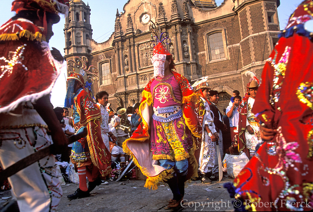 MEXICO, MEXICO CITY, FESTIVALS Our Lady of Guadalupe Festival dancers