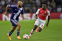 Anthony Vanden Borre of RSC Anderlecht battles for the ball with Danny Welbeck of Arsenal <br />