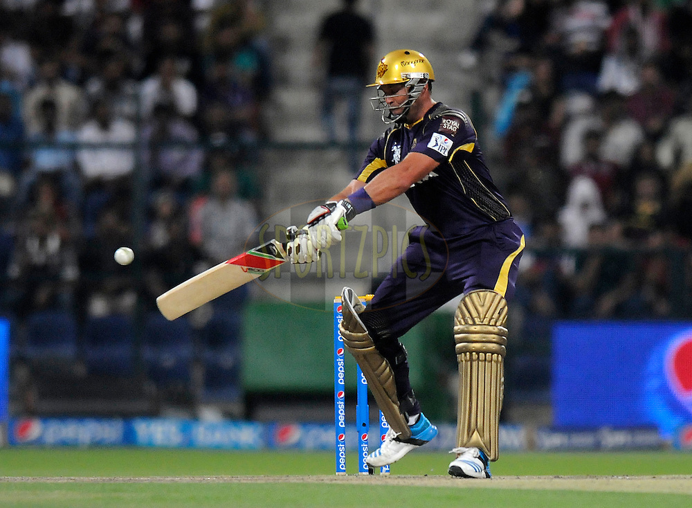 Jacques Kallis of the Kolkata Knight Riders bats during match 19 of the Pepsi Indian Premier League 2014 Season between The Kolkata Knight Riders and the Rajasthan Royals held at the Sheikh Zayed Stadium, Abu Dhabi, United Arab Emirates on the 29th April 2014<br /> <br /> Photo by Pal Pillai / IPL / SPORTZPICS