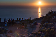 https://Duncan.co/sunset-at-table-mountain