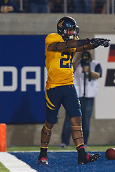 BERKELEY, CA - OCTOBER 06: Wide receiver Keenan Allen #21 of the California Golden Bears celebrates after scoring a touchdown against the UCLA Bruins during the third quarter at California Memorial Stadium on October 6, 2012 in Berkeley, California. The California Golden Bears defeated the UCLA Bruins 43-17. (Photo by Jason O. Watson/Getty Images) *** Local Caption *** Keenan Allen