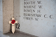 België. Ieper. De Menenpoort is een herdenkingsmonument in de Belgische stad Ieper. De poort is een van de herdenkingsmonumenten voor vermisten van de Commonwealth War Graves Commission. Foto: Gerrit de Heus The Menin Gate Memorial to the Missing is a war memorial in Ypres, Belgium, dedicated to the British and Commonwealth soldiers who were killed in the Ypres Salient of World War I and whose graves are unknown. Photo: Gerrit de Heus
