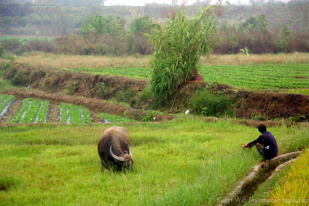 Asia, China, Guangxi. Rural life in southern China.
