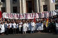 Roma  24 Ottobre 2008.Protesta di lavoratori dell' Istituto Superiore di Sanita' la legge 133 sull'università....