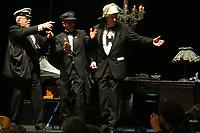Mannheim. 11.02.18  <br /> Nationaltheater. Gro&szlig;e b&uuml;rgerschaftliche Auszeichnung &quot;Das Bloomaul&quot; an Rolf G&ouml;tz.<br /> Das Auswahlkomitee, darunter Bert Siegelmann, Achim Weizel und Marcus Haas, entschied sich f&uuml;r Rolf G&ouml;tz. Helen Heberer h&auml;lt die Laudatio.<br /> Bild-ID 072   Markus Pro&szlig;witz 11FEB18 / masterpress