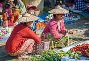 Burmese women at local market in Inle Lake (Myanmar)
