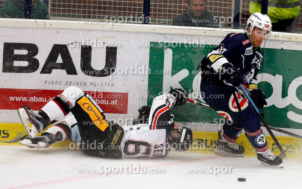 09.10.2015, Stadthalle, Villach, AUT, EBEL, EC VSV vs HC Orli Znojmo, 9. Runde, im Bild Ondrej Sedivy (Znojmo) und Brock McBride (VSV) // during the Erste Bank Icehockey League 9th round match between EC VSV vs HC Orli Znojmo at the City Hall in Villach, Austria on 2015/10/09, EXPA Pictures © 2015, PhotoCredit: EXPA/ Oskar Hoeher