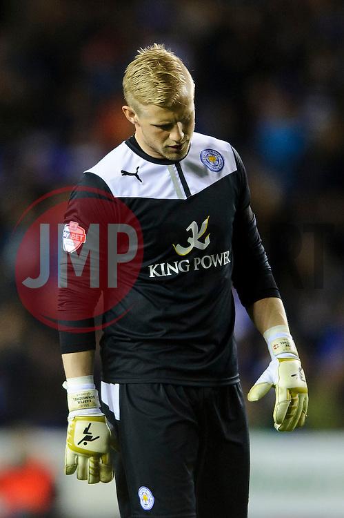Kasper Schmeichel (DEN) of Leicester City looks frustrated - Photo mandatory by-line: Rogan Thomson/JMP - 07966 386802 - 14/04/2014 - SPORT - FOOTBALL - Madejski Stadium, Reading - Reading v Leicester City - Sky Bet Football League Championship.