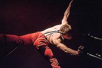 Cabaret at the House of Wolf: Felipe acrobalance