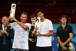 25.10.2015, Stadthalle, Wien, AUT, ATP Tour, Erste Bank Open, Doppel-Finale, im Bild v.l. Herwig Straka (AUT), Lukasz Kubot (POL), Jamie Murray (GBR), Marcelo Melo (BRA), John Peers (AUS) // f.l. Herwig Straka of Austria Lukasz Kubot of Poland Jamie Murray of Great Britain Marcelo Melo of Brazil John Peers of Australia during the doubles final match of Erste Bank Open of ATP Tour at the Stadthalle in Wien, Austria on 2015/10/25. EXPA Pictures © 2015, PhotoCredit: EXPA/ Thomas Haumer