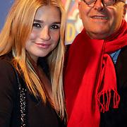 NLD/Amsterdam/20111010 - Premiere All Stars 2, Gaby Blaaser en haar vader