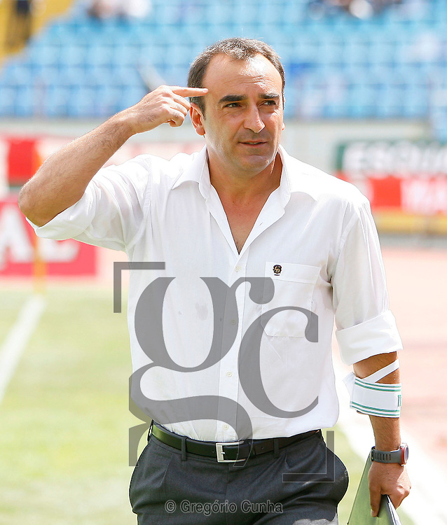 Carlos Carvalhal, treinador do Maritimo durante o jogo da Liga de Futebol, disputado no estádio dos Barreiros, Funchal, Ilha da Madeira , 23 de Agosto de 2009. .Foto Gregorio Cunha.Maritimo trainer, Carlos Carvalhal, during their first league soccer match held at the Barreiros stadium, Funchal, Madeira Island, Portugal, 23 august 2009..Photo Gregorio Cunha