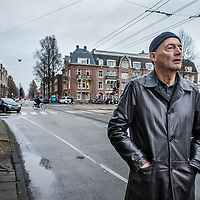 Nederland, Amsterdam, 17 februari 2017.<br /> De Nedelandse architect Rem Koolhaas bekijkt en beschrijft de verkeersader die door de Lairessestraat loopt.<br /> <br /> <br /> <br /> Foto: Jean-Pierre Jans