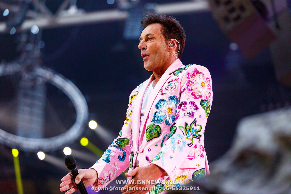 NLD/Amsterdam/20150530 - Toppers concert 2015 Crazy Summer edition, Gerard Joling