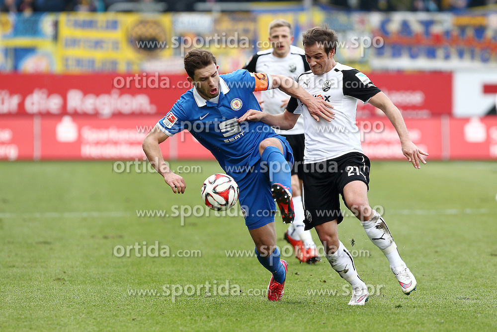 15.03.2015, Hardtwald, Sandhausen, GER, 2. FBL, SV 1916 Sandhausen vs Eintracht Braunschweig, 25. Runde, im Bild Manuel Stiefler (SV Sandhausen) im Zweikampf mit Ken Reichel (Eintracht Braunschweig) // during the 2nd German Bundesliga 25th round match between SV 1916 Sandhausen and Eintracht Braunschweig at the Hardtwald in Sandhausen, Germany on 2015/03/15. EXPA Pictures &copy; 2015, PhotoCredit: EXPA/ Eibner-Pressefoto/ Bermel<br /> <br /> *****ATTENTION - OUT of GER*****