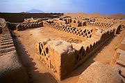 PERU, PREHISPANIC, CHIMU Chan Chan; Palacio Tschuldi, adobe walls