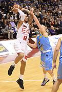 DESCRIZIONE : Milano campionato serie A 2013/14 EA7 Olimpia Milano Vanoli Cremona <br /> GIOCATORE : Daniel Hackett<br /> CATEGORIA : passaggio<br /> SQUADRA : EA7 Olimpia Milano<br /> EVENTO : Campionato serie A 2013/14<br /> GARA : EA7 Olimpia Milano Vanoli Cremona<br /> DATA : 26/12/2013<br /> SPORT : Pallacanestro <br /> AUTORE : Agenzia Ciamillo-Castoria/R. Morgano<br /> Galleria : Lega Basket A 2013-2014  <br /> Fotonotizia : Milano campionato serie A 2013/14 EA7 Olimpia Milano Vanoli Cremona<br /> Predefinita :
