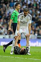 Real Madrid´s Pepe and Malaga´s  during 2014-15 La Liga match between Real Madrid and Malaga at Santiago Bernabeu stadium in Madrid, Spain. April 18, 2015. (ALTERPHOTOS/Luis Fernandez)