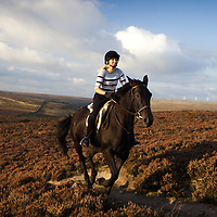 Sept 2009 Midgley Moor , Heather and Tabitha Pic Steve Morgan