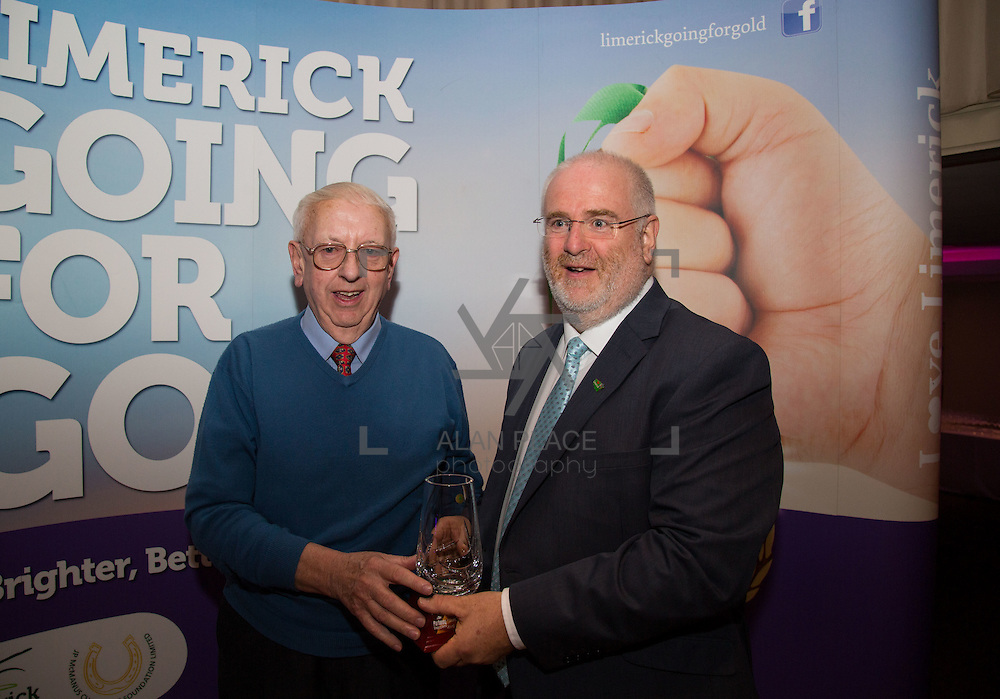 11.10.2016         <br /> The West of Limerick is awake and celebrating after Glin was announced as overall winner of Limerick Going for Gold 2016.<br /> Gerry Ryan, Rosbrien is presented with 2nd runner up in the Limerick Going For Gold Most Beautiful Front Garden award from Roger Beck, Manager Parkway Shopping Centre.. Picture: Alan Place