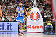 DESCRIZIONE : Campionato 2014/15 Serie A Beko Dinamo Banco di Sardegna Sassari - Grissin Bon Reggio Emilia Finale Playoff Gara4<br /> GIOCATORE : Jerome Dyson<br /> CATEGORIA : Palleggio Schema Mani<br /> SQUADRA : Dinamo Banco di Sardegna Sassari<br /> EVENTO : LegaBasket Serie A Beko 2014/2015<br /> GARA : Dinamo Banco di Sardegna Sassari - Grissin Bon Reggio Emilia Finale Playoff Gara4<br /> DATA : 20/06/2015<br /> SPORT : Pallacanestro <br /> AUTORE : Agenzia Ciamillo-Castoria/C.Atzori