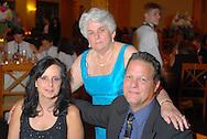 6/25/10 8:50:15 PM -- Philadelphia, Pa. U.S.A. -- Lauren & Joe - June 25, 2010 --  Photo by William Thomas Cain/cainimages.com