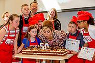 Koningin Maxima opent donderdagochtend 20 april 2017 in Wijkcentrum Zuiderzee in Lelystad het 50eRe