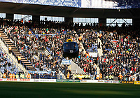 Photo: Steve Bond/Richard Lane Photography. Leicester City v West Bromwich Albion. Coca Cola Championship. 07/11/2009. Delivering the match ball by helicopter