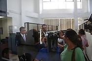 El apoderado legal de la Empresa Quimica Agricola Internacional, (QUIMAGRO) ofrece decalaraciones a la prensa luego de presentar  viernes 05 de Julio de 2013 una demanda en la Fiscalia del El Salvador por daños agravados por la contaminación ambiental en la zona de San Luis Talpa proxima al eropuerto internacional de El Salvador ante una supuesta neligencia de la banca al dejar en abondono las instalaciones cuando fue intervenida. Photo: Edgar ROMERO/Imagenes Libres.