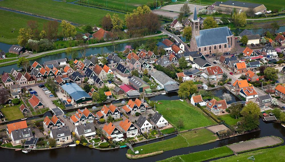 Nederland, Noord-Holland, Gemeente Schermer, 28-04-2010; Schermerhorn met Hervormde kerk.luchtfoto (toeslag), aerial photo (additional fee required).foto/photo Siebe Swart