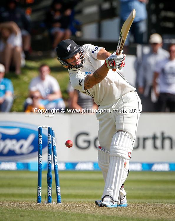 Doug Bracewell is bowled.  First day, second test, ANZ Cricket Test series, New Zealand Black Caps v Sri Lanka, 03 January 2015, Basin Reserve, Wellington, New Zealand. Photo: John Cowpland / www.photosport.co.nz