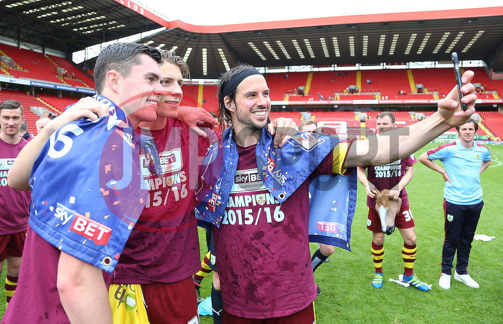 Michael Keane ( L ) and George Boyd of Burnley ( R ) celebrate after the match - Mandatory by-line: Paul Terry/JMP - 07/05/2016 - FOOTBALL - The Valley - London, England - Charlton Athletic v Burnley - Sky Bet Championship